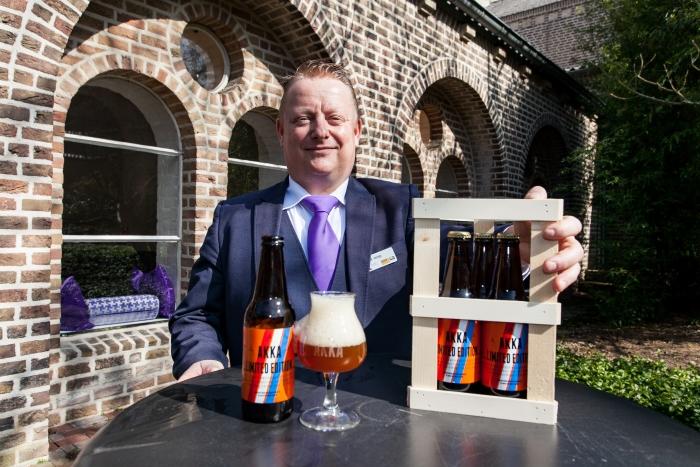 De Limited Edition AKKA bier van Leerhotel Het Klooster