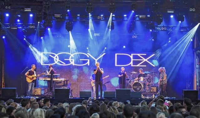 Diggy Dex is één van de artiesten die in zijn 'hometown' mag optreden op Koningsdag.