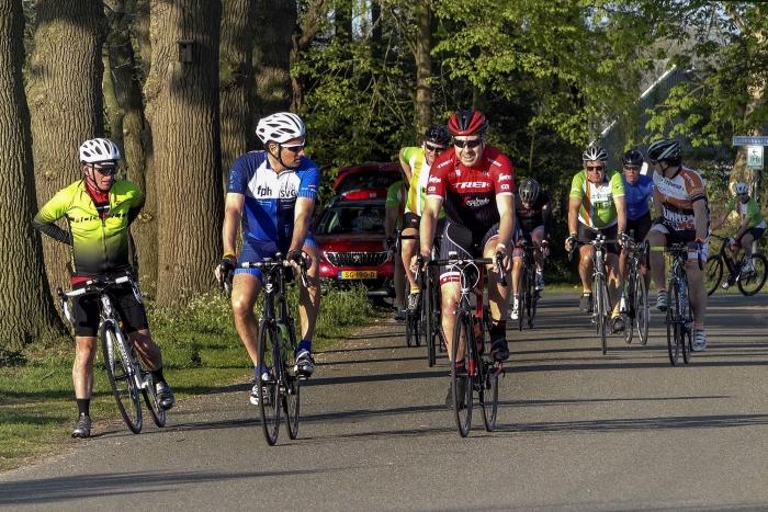 Fietsers bij de Tour de Haute Veluwe Stichting CBFB © BDU Media