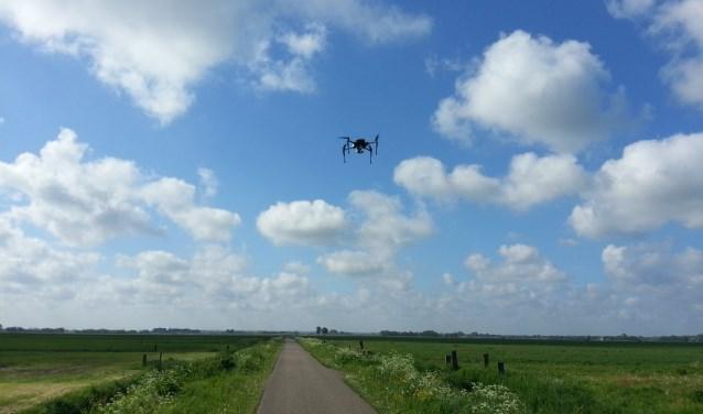 Met een drone zoeken naar nesten van weidevogels