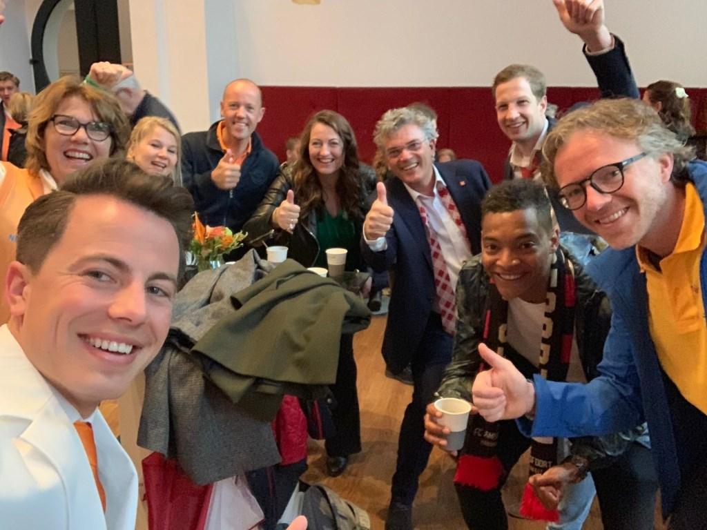 De teamcaptains van alle quizteams zijn in Amersfoort, klaar voor de regioquiz. Kevin van den Berg © BDU Media