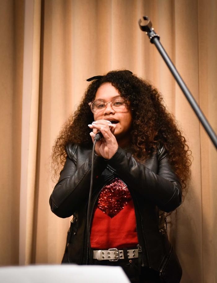 Yosina. Wat een stem!