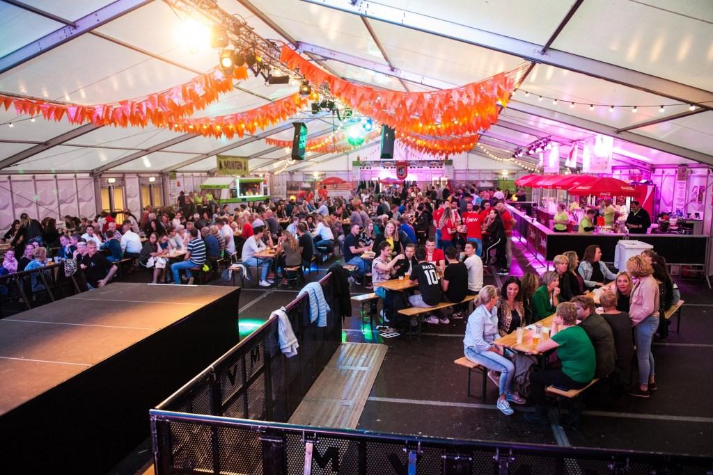 Op woensdag 24 april was de jaarlijkse tentquiz. OKK ging er met de winst vandoor. Suzanne Heikoop | SHe Fotografie © BDU media