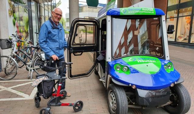 Adrie van Rijn is één van de enthousiaste vrijwilligers van Vervoer Houten