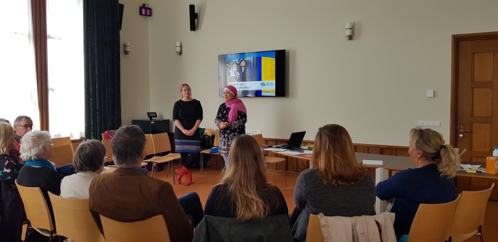Workshop laaggeletterdheid in het gemeentehuis Baarn