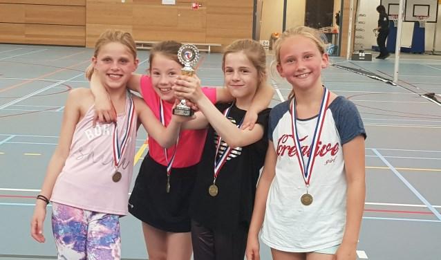 V.l.n.r. Skylär Dussel, Julia Haanstra, Janneke Daalder, Dahlia van Velsen