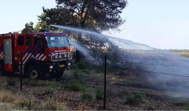 Op de open dag van brandweer Harskamp zijn er diverse demonstraties in het kader van brandbestrijding.