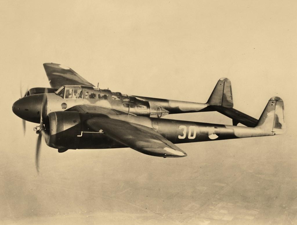 Op 11 mei werd op Schiphol een eenheid geformeerd met resterende Fokker G.1 gevechtstoestellen. Fokker © BDU media