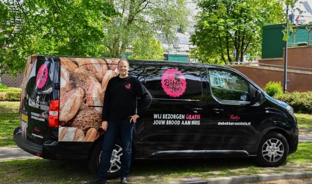 Martijn Hulleman rijdt sinds kort met zijn bus rond in Leusden.