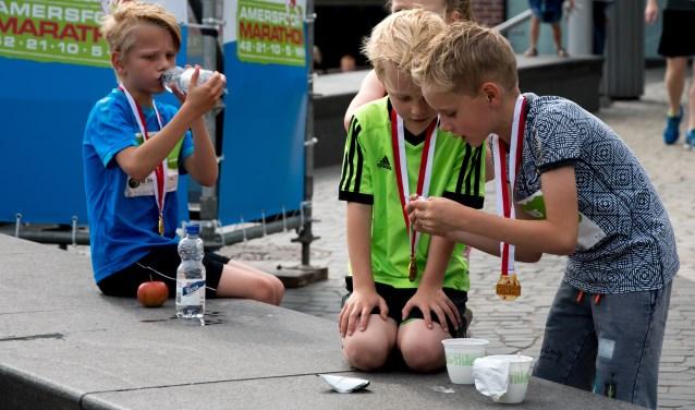 Vaders mogen vanwege Vaderdag ook meelopen aan de Ska Mini-Marathon.