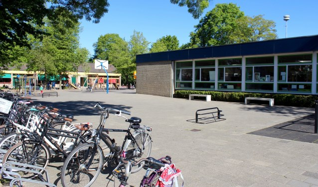 In de wijk Groenhouten krijgen de basisscholen De Hobbit en Het Kompas nieuwe huisvesting. De bouw begint in 2021