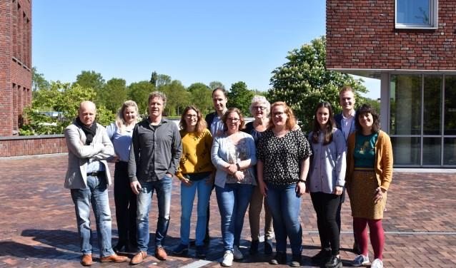 De redactie van BDU Zuid, onder meer verantwoordelijk voor Het Kompas Sliedrecht. Inzet: Norbert Witjes.