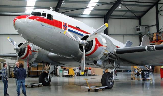 De PH-PBA in de hangar op Lelystad Airport.