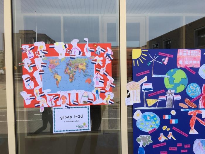 posters per klas met nationaliteiten Klavertje vier © BDU media