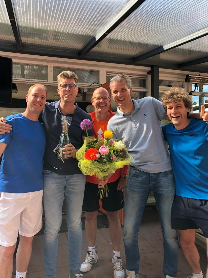 leden van kampioensteam Heren 2e klasse 35+ (zondag) Bas Stroeken © BDU