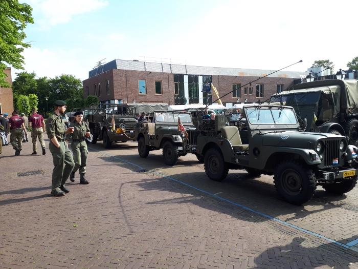 Vele militaire voertuigen van o.a. The Greensparks waren aanwezig op de regionale Veteranendag 2019 in Putten. Jeroen Heuts © BDU Media