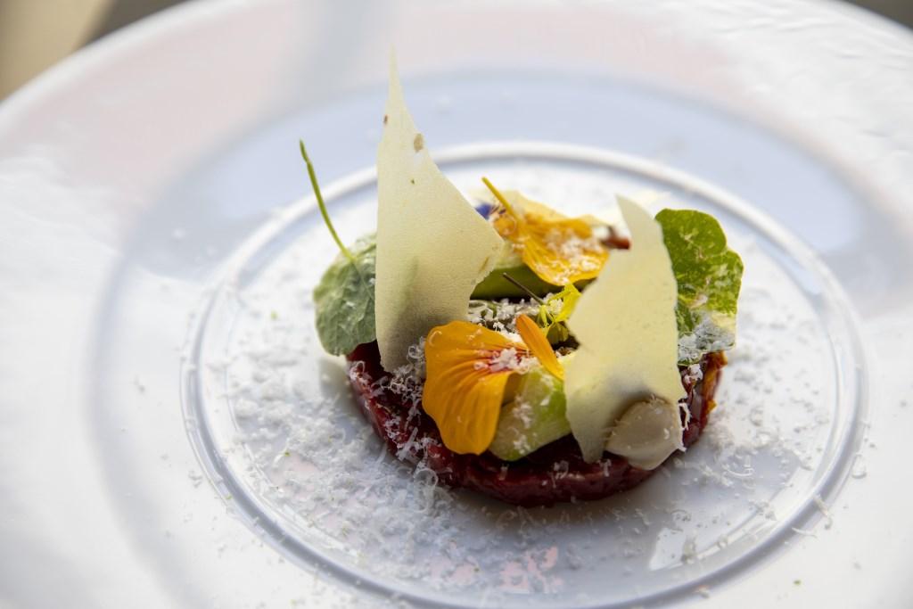 Een van de vele culinaire hoogstandjes.  Michel van Bergen © BDU media