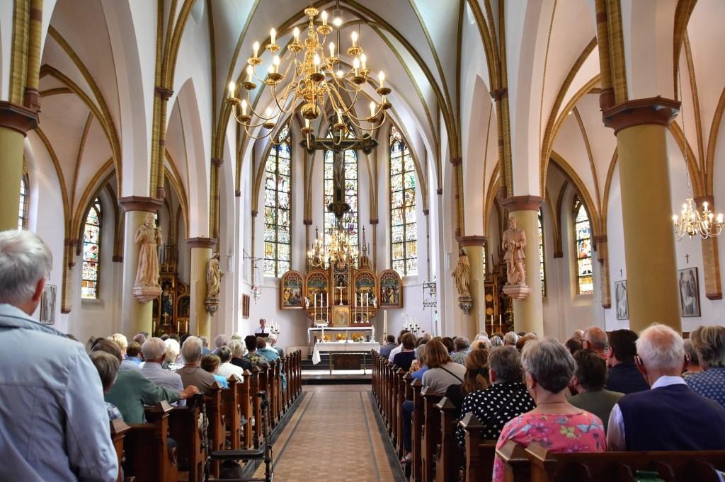 De aanwezigen kregen een korte toespraak van Brigitte van Beers en Paul de Wit. Sonja Boer © BDU media