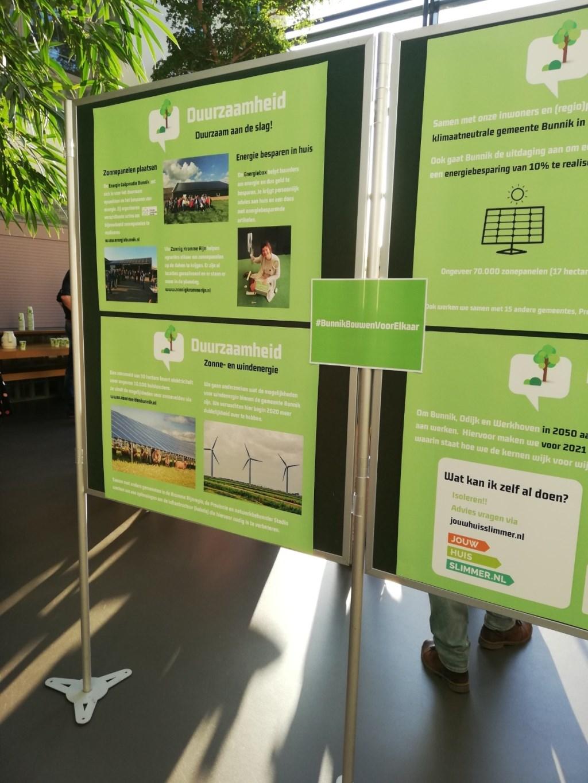 Panelen met uitleg over het collegebeleid Kuun Jenniskens © BDU media