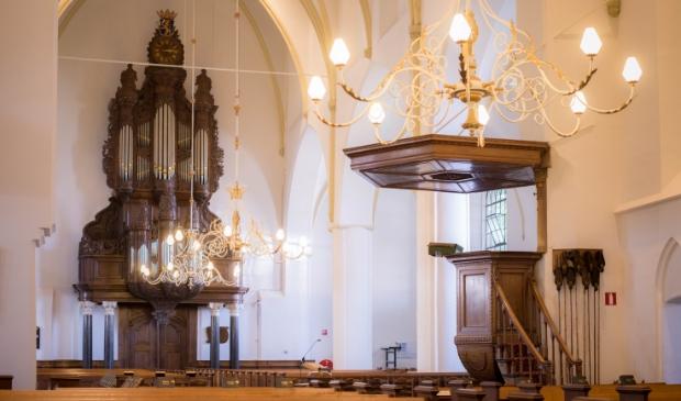De Grote Kerk met het orgel uit 1756