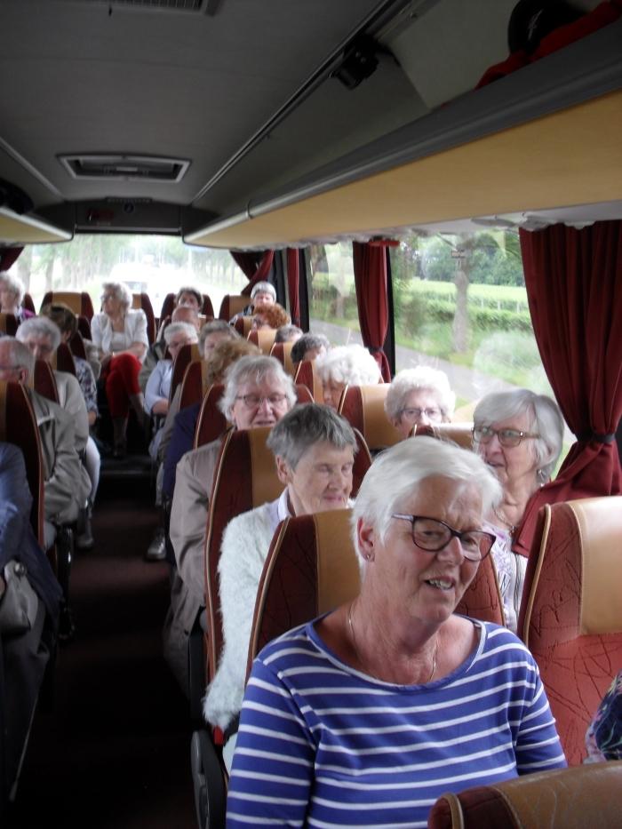 in de bus terug Agnes Snel © BDU