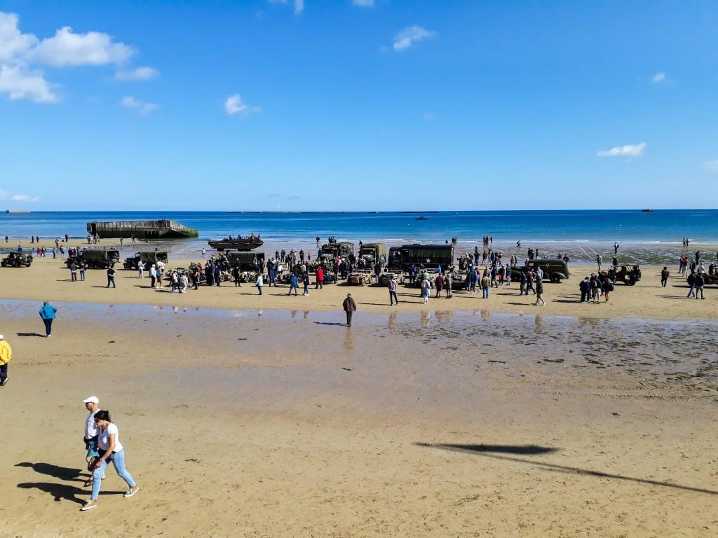 Het strand bij Arromanches met de codenaam 'Gold'. prive-bezit © BDU media