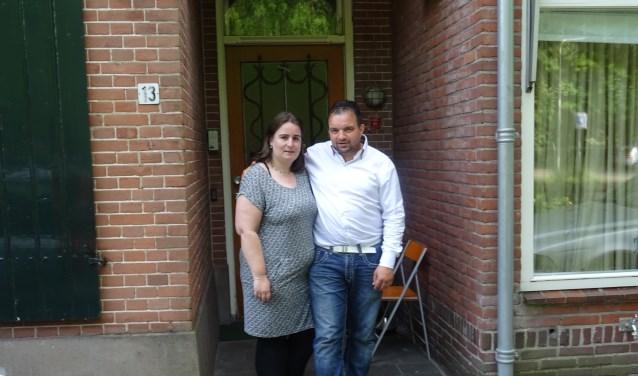 Eigenaars Lea en Arie Boogaard voor Huize Marijke in Doorn.