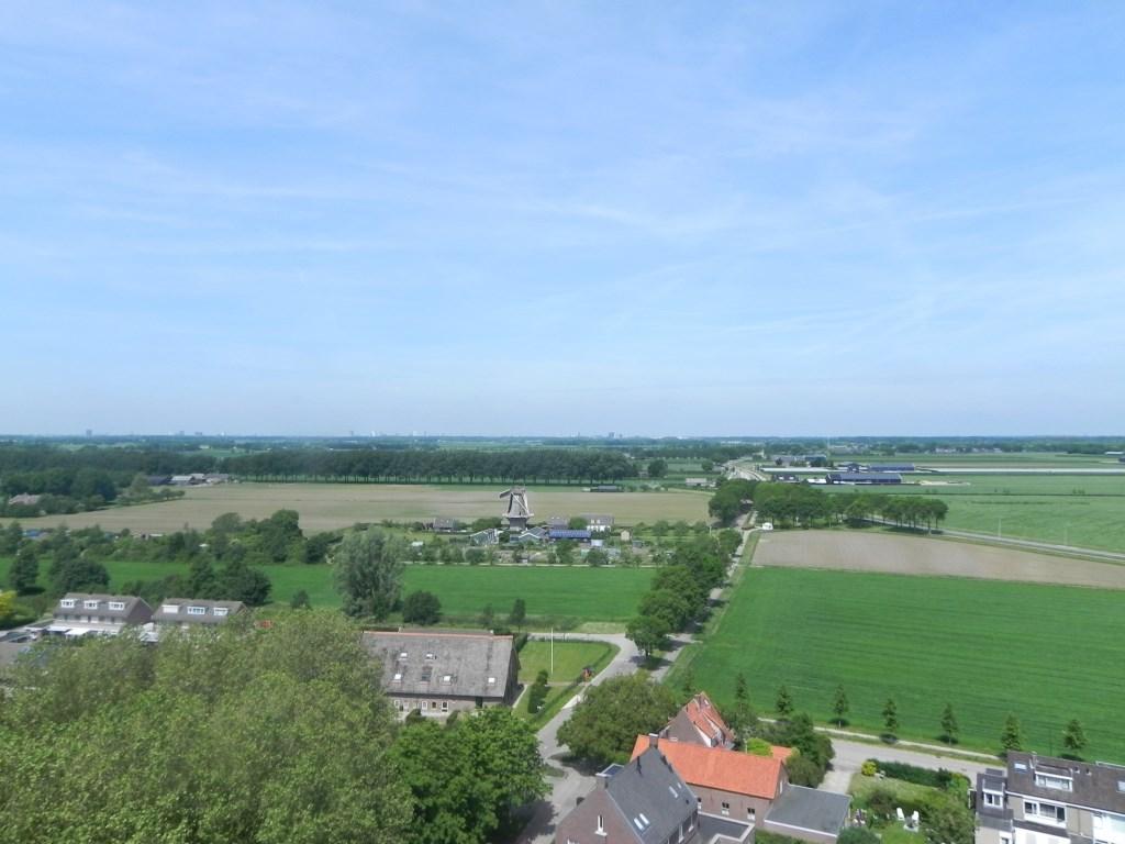 We kunnen ontzettend ver kijken. Is dat misschien Utrecht daar in de verte? Richard Thoolen © BDU media