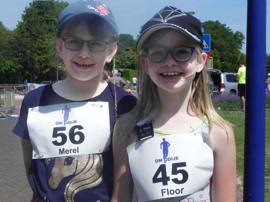 Merel en Floor hebben meegedaan met de 1 kilometer loop. De meisjes hadden na afloop wel een reuze dorst!  Richard Thoolen © BDU media