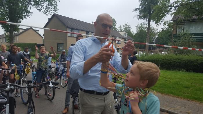 Wethouder Boonzaaijer opent de schoolzone Hubert van Zanten © BDU
