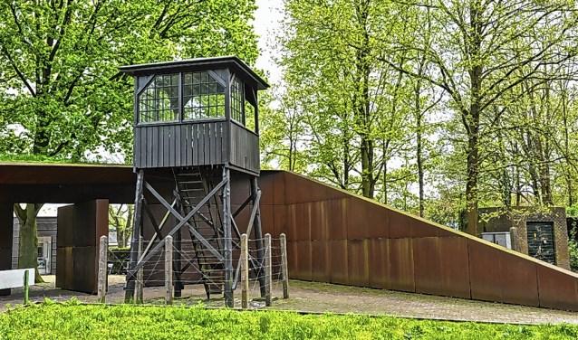 Foto's van oud-gevangenen kunneningestuurd wordenviawww.geefgevangeneneengezicht.nl.