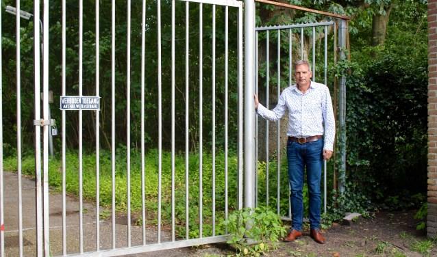 Jack Brandsen, wiens woning aan kampeerterrein Waterloo grenst, over de plannen: ,,Hoe kunnen twintig Tiny Houses nou goed zijn voor de natuur?''