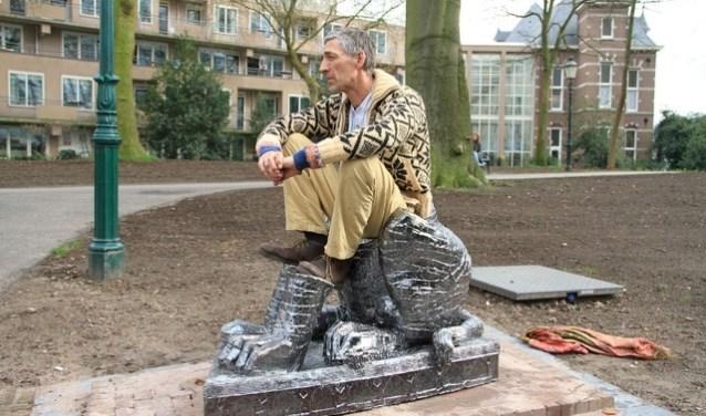 'De beeldbank' was het afscheidscadeau voor oud-burgemeester Albertine van Vliet.