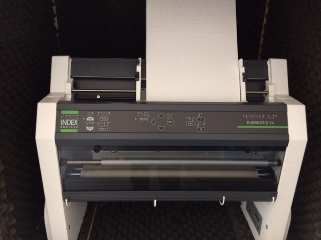 De brailleprinter moet worden vervangen Dennis ten Boske © BDU media