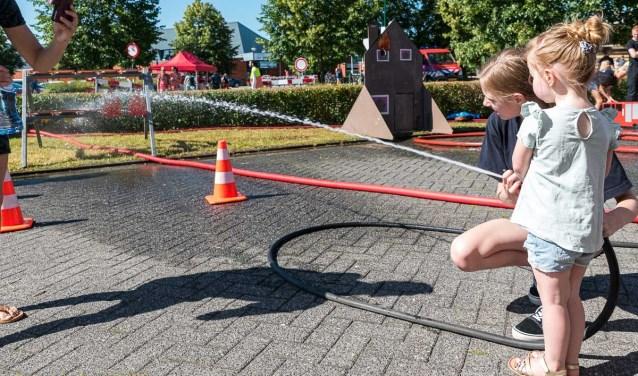 Spelen met water René van den Brandt © BDU media