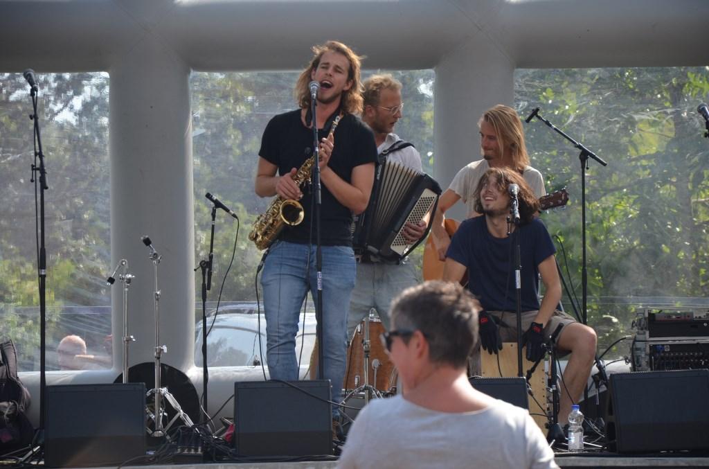 Lekkere muziek, een goede sfeer Ali van Vemde © BDU media