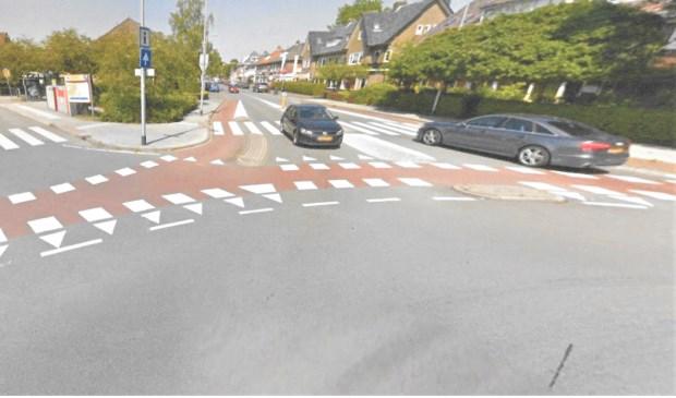 De kruising Leusderweg/Borneoplein: Nummer één op een top-tien met gevaarlijke plekken voor fietsers.