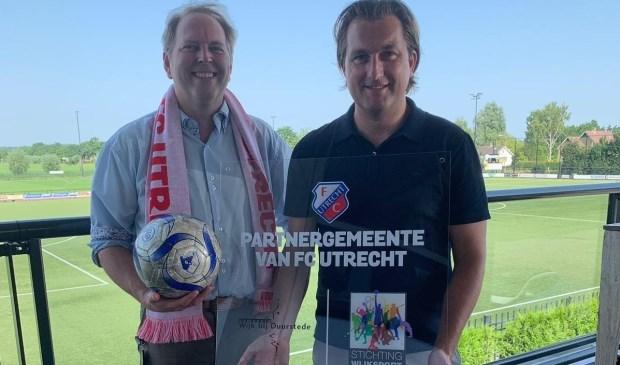 wethouder Willem Joustra en directeur Commercie FC Utrecht Joost Broerse