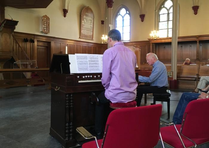 Harmonium en piano Willy van Dijk-Doornenbal © BDU media