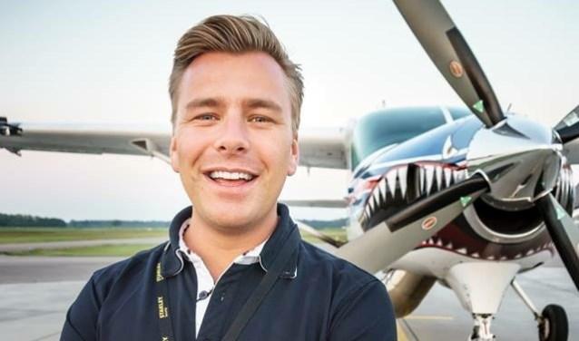 Martijn Middelman vliegt in het dagelijks leven als First Officer in een Boeing 737.