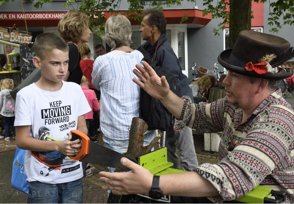 BOOM IN' feest in het centrum van Putten, een initiatief van VVV Putten en Cultuurkust i.s.m. WCP. Henk Hutten © BDU media