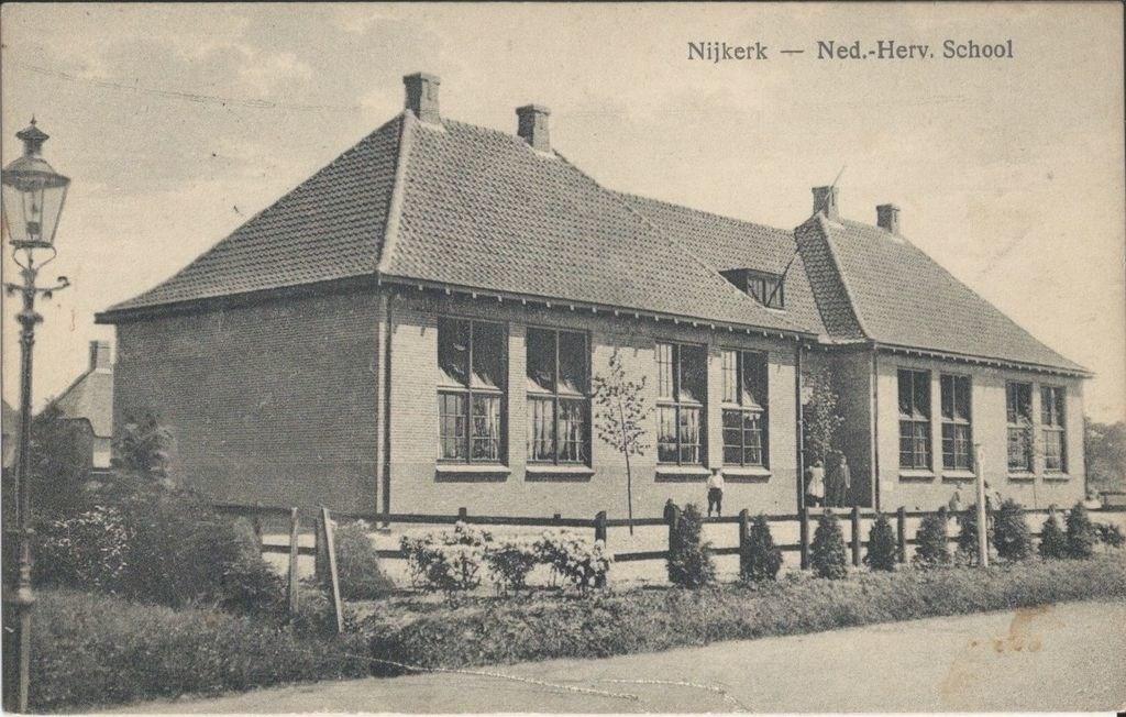 De Eben Haëzerschool was de eerste school die in 1919 werd gesticht. HSN © BDU Media