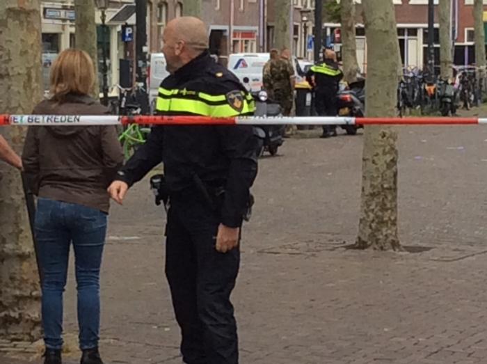 Politie met afzetlint. Ad Timmers © BDU media
