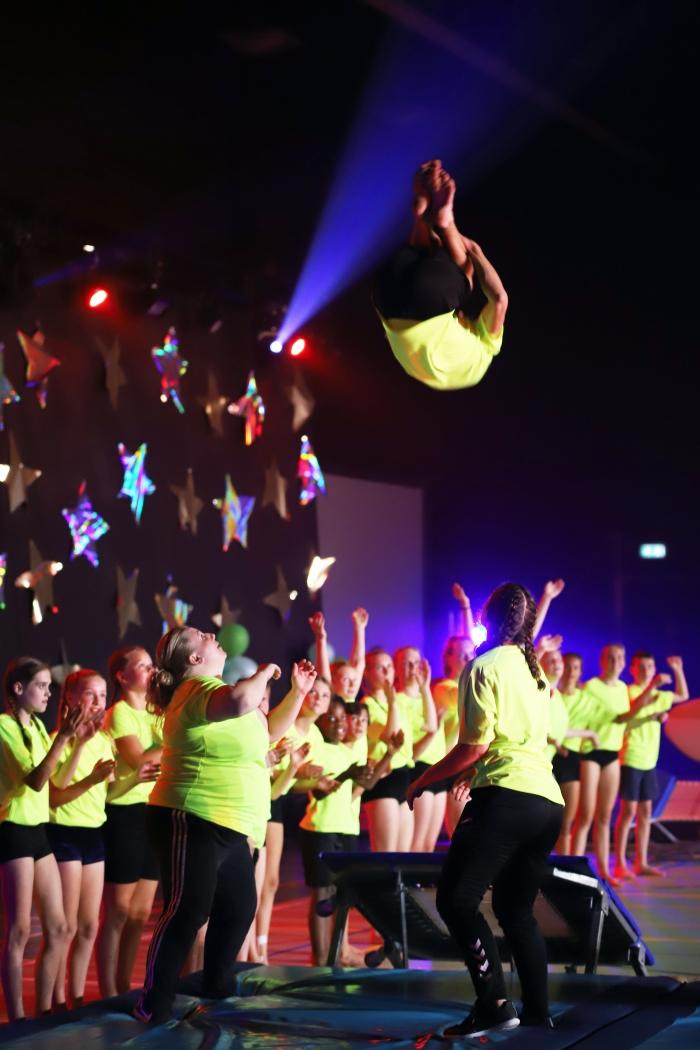 de springers van DOK trakteerden het publiek op geweldige sprongen Alex Beukhof © BDU Media