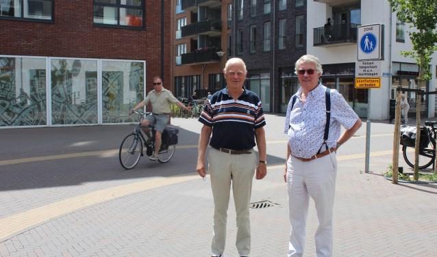 Frans van Loon en Henk Heijke: ,,Het handhavingsbeleid is een lachertje.''