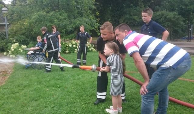 Elke woensdagmiddag kunnen kids uit de Lingewijk samen met hun Gorcumse vriendjes actief zijn bij De Bogerd.