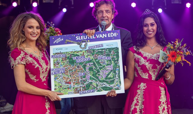 Heidehoogheden met de Burgermeester van Ede. Theo Beumer © BDU Media