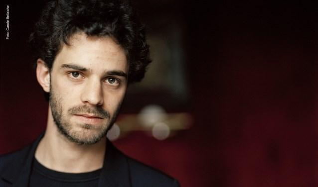 Adam Laloum opent op 2 november de serie Wereldpianisten met muziek van Beethoven, Schubert en Schumann.