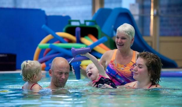 Op zaterdagmorgen staat Family Fun Swim op het programma.