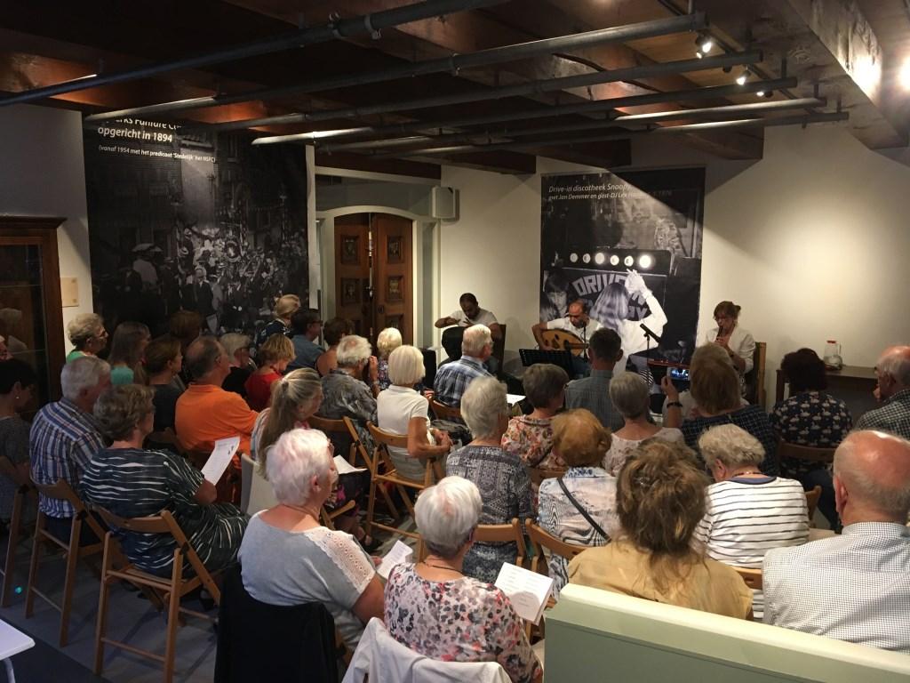 Veel belangstelling voor het muzikale optreden in Museum Nijkerk afgelopen zondag.